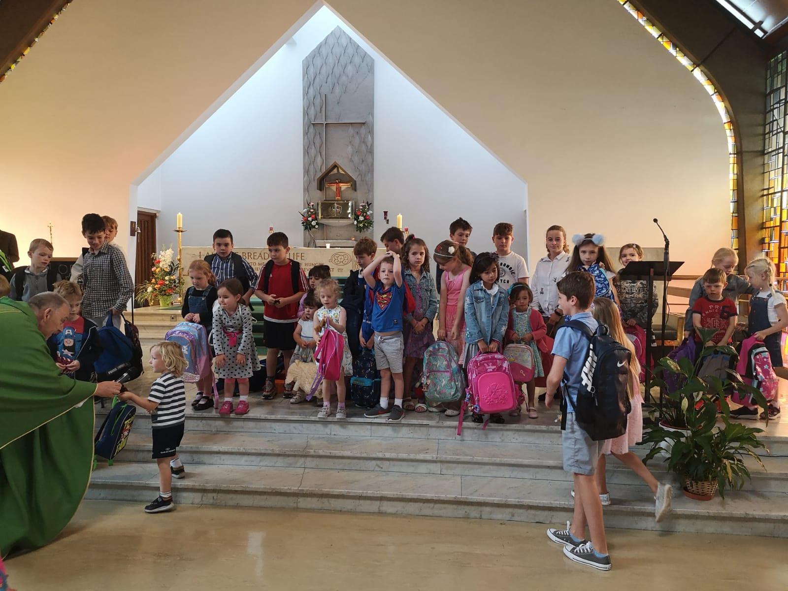 2019_09_BlessingSchoolBags05